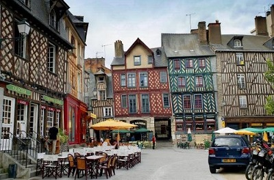 Photo De La Ville De Beauvais De Nuit